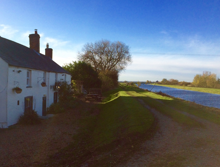 Sutton Gault, Walks in the Fens, country pubs, pubs with a fire, Cambridgeshire, Ely