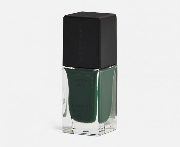 green nail varnish with black lid